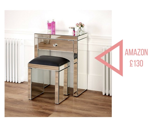 Amazing mirrored dressing table