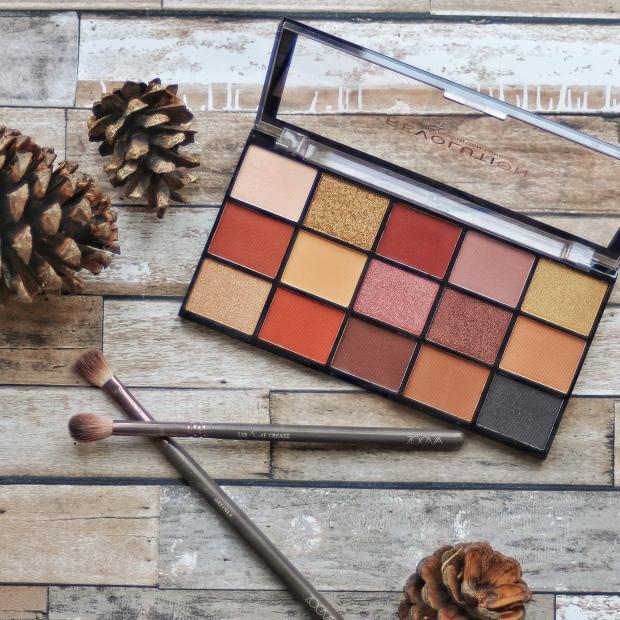 Makeup Revolution Re-loaded Velvet Rose eyeshadow palette